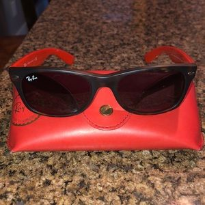 Ray Ban Wayfarer Bicolor sunglasses with case